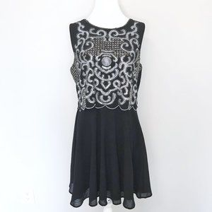 Black Silver Beaded Scallop Sleeveless Party Dress